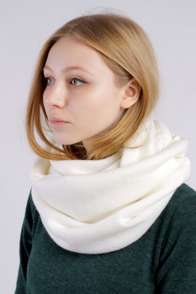 Scarf snood  milk winter