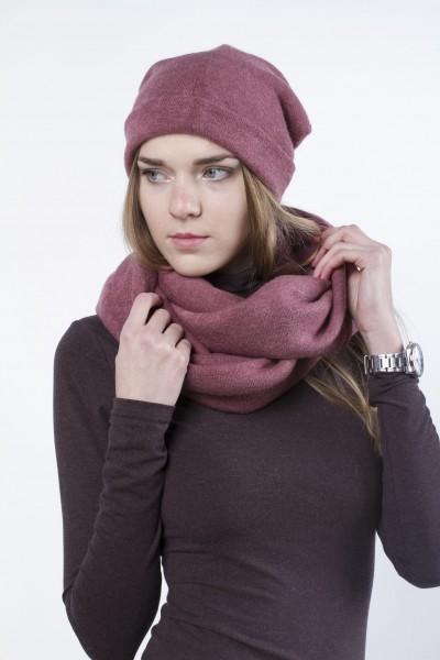 Шапка темно-розовая, зимняя