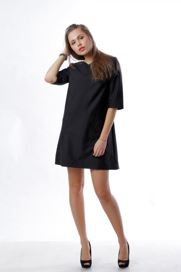 Платье трапеция, черное