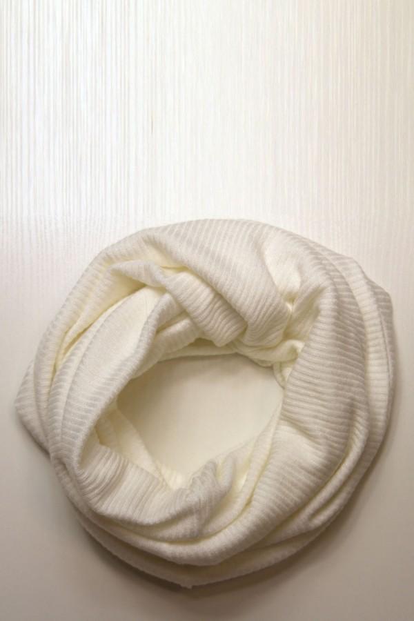 Шарф-снуд белый, зимний