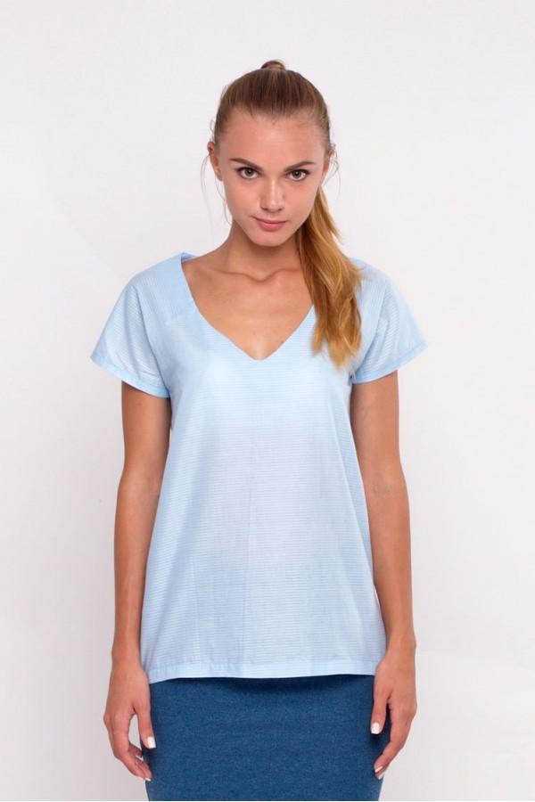 Блуза голубая